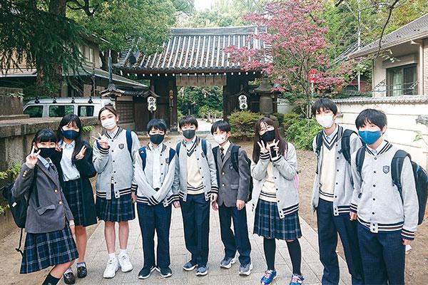 品川 翔 英 高校